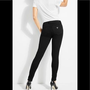 🥰NWT GUESS Skinny Jeans Overdye Black Size 25